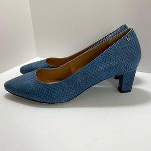 Vionic Madison Mia Block Heel Pump Blue snake NWOT